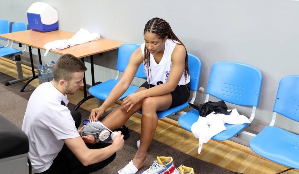 Film do artykułu: Koszykarki AZS AJP Gorzów zakończyły turniej w Bydgoszczy ze zwycięstwem, porażką i kontuzją