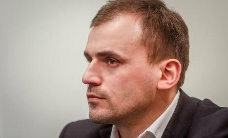 Marcin Dubieniecki przed sądem. Ruszył proces ws. wyłudzenia 14,5 mln zł z PFRON