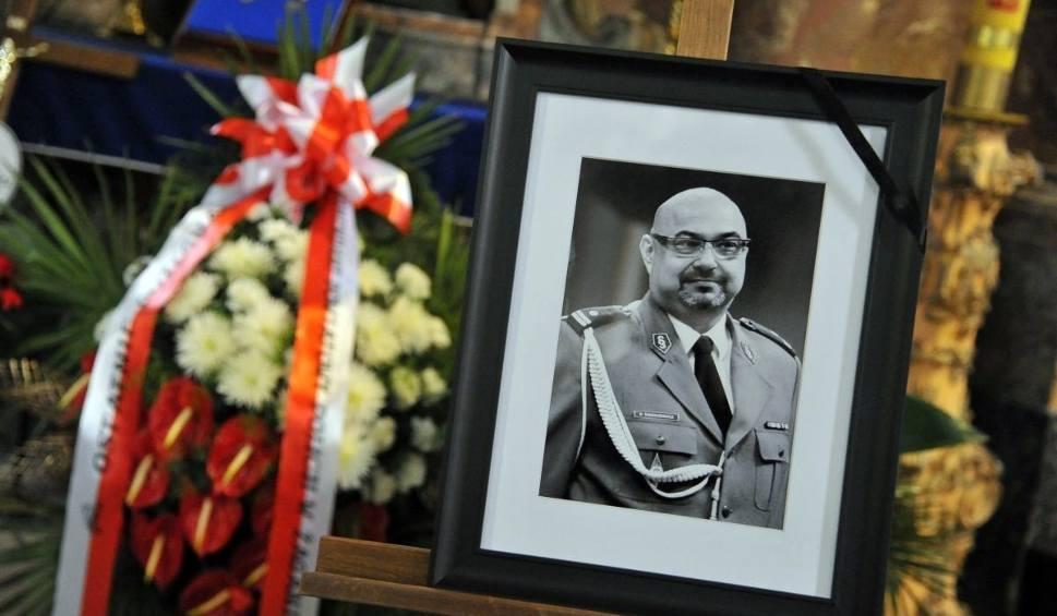 Film do artykułu: Policjanci pożegnali tragicznie zmarłego mł. insp. Piotra Tomkiewicza ze Szprotawy