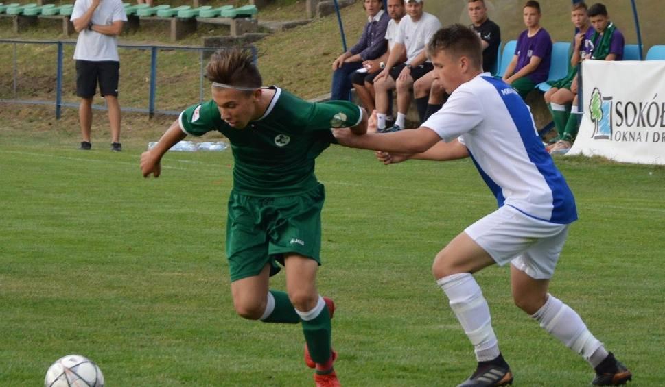 Film do artykułu: Akademia Piłkarska Macieja Murawskiego Zielona Góra rozbiła MKS Kluczbork 4:0 i zrobiła duży krok w stronę Centralnej Ligi Juniorów U-15