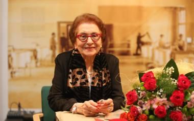 Prof. Dorota Simonides.