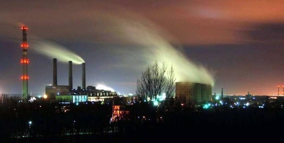 O zanieczyszczenia beznenem mieszkańcy Kędzierzyna-Koźla oskarżają zakłady przemysłowe.