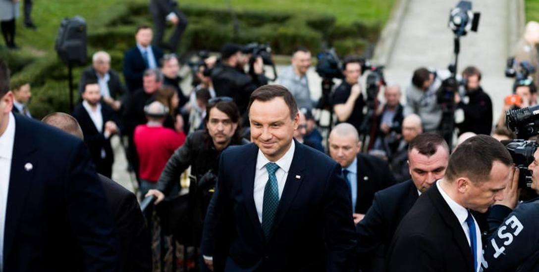 Prezydent podczas spotkań z wyborcami na Śląsku odwoływał się do retoryki walki. W ostatnim wywiadzie złagodził kurs