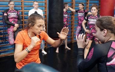 Ladies Fight Night - trening z Joanną Jędrzejczyk [ZDJĘCIA]