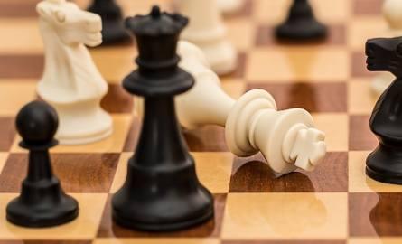 Ktokolwiek uczył się gry w szachy, a później od nich odszedł, odnosił życiowy sukces, zostawał milionerem w biznesie