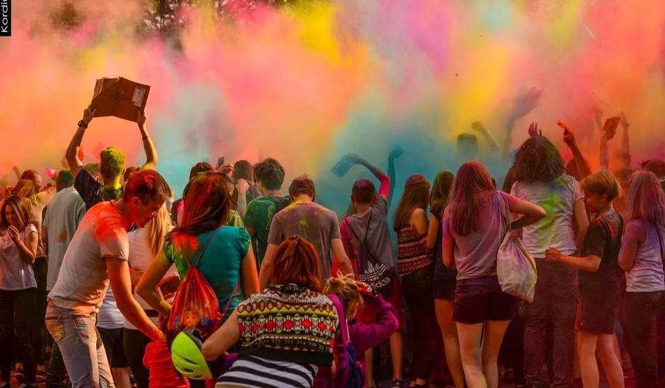 Film do artykułu: Holi Festival - Święto Kolorów w Radomiu już w piątek!