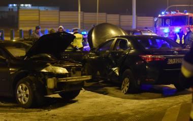 Lubicz Dolny k. Torunia - karambol drogowy z udziałem auta rządowego i ministra obrony narodowej Antoniego Macierewicza.
