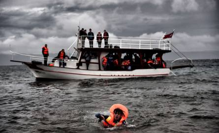 Uchodźcy znów mogą zalać Europę. Tym razem z Włoch