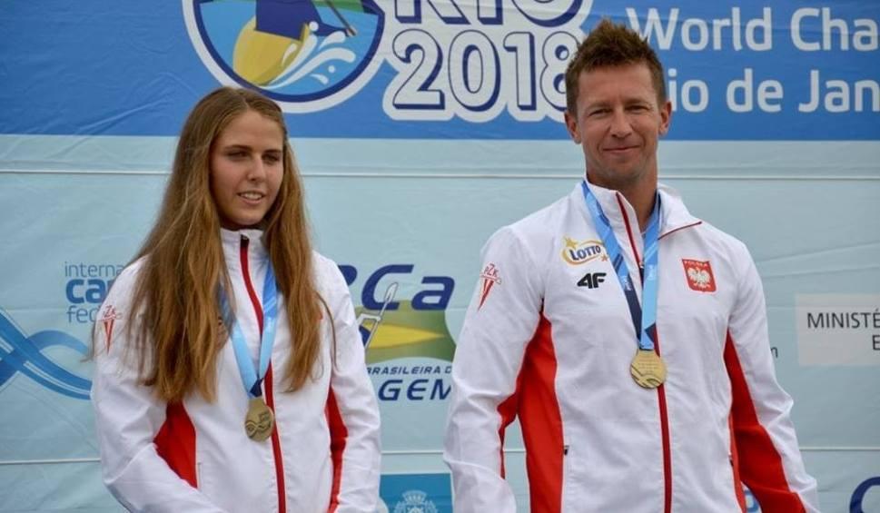 Film do artykułu: Kajakarstwo górskie. Niespodziewani mistrzowie świata - Aleksandra Stach i Marcin Pochwała. Dopłyną wspólnie na igrzyska olimpijskie?