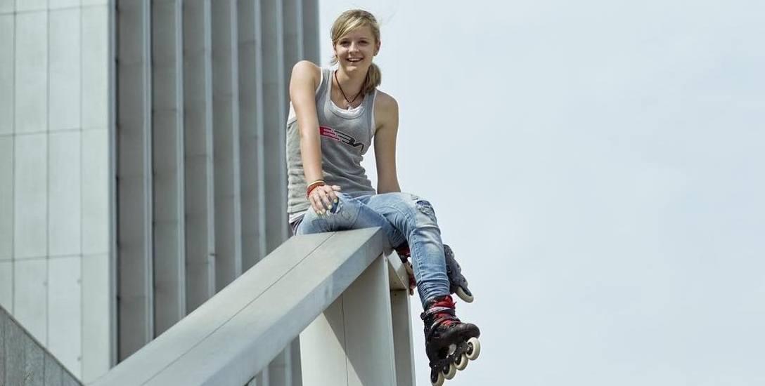 Rzeszowianka Klaudia Hartmanis wraz ze swoim chłopakiem Michałem Sulinowskim założyli Slalom Academy w Warszawie. Trenują z nią również zawodnicy z Rzeszowa.
