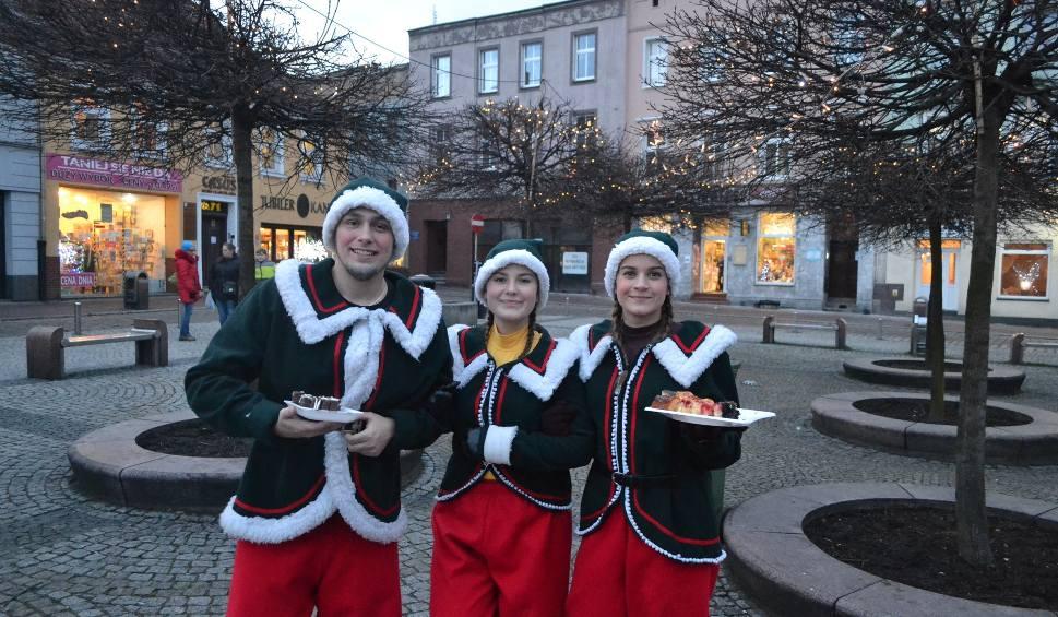 Film do artykułu: Mysłowice: na Rynku rozpoczął się jarmark bożonarodzeniowy ZDJĘCIA