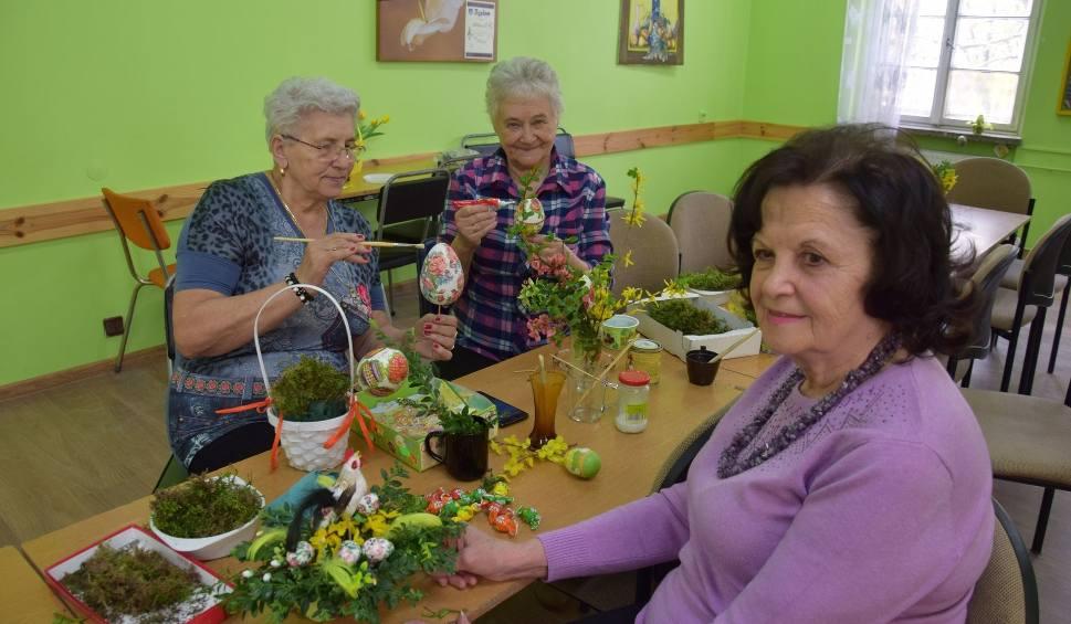 Film do artykułu: Co się dzieje z rodzinną tradycją? Seniorzy chcą odpocząć i zapomnieć, co znaczą garnki i stół, przy którym się biega [WIDEO]