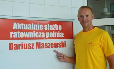 Na co dzień  Darek Maszewski jest zatrudniony na Krytej Pływalni w Bochni (od 1999 roku), pracuje jako ratownik i szef  zespołu ratowników