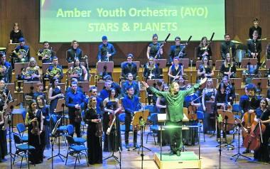 Po koncercie w Filharmonii Koszalińskiej publiczność domagała się bisów owacjami na stojąco.