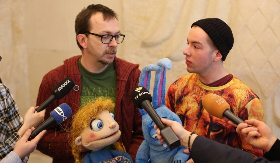 Film do artykułu: Nowa premiera w Teatrze Lalki Tęcza w Słupsku [wideo]