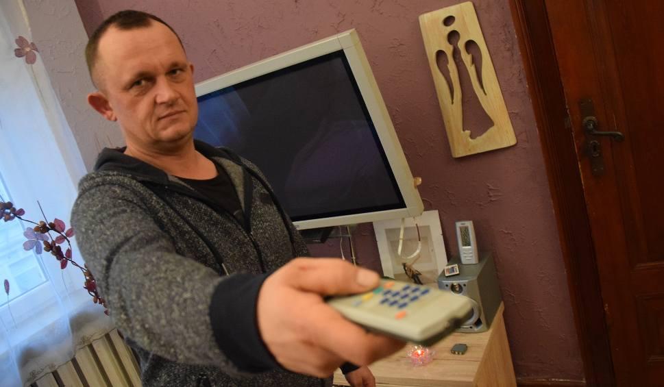 """Film do artykułu: Dług za abonament RTV ściągnęli dwa razy. Wzięli z konta 3800 zł! """"Z mojego konta zniknęło ponad dwa razy więcej pieniędzy niż zalegałem"""""""
