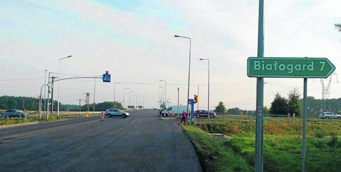 Mieszkańcy korzystający z mapy zagrożeń zgłosili m.in. rejon skrzyżowania drogi krajowej nr 6 i drogi wojewódzkiej nr 163 jako miejsce niebezpieczne