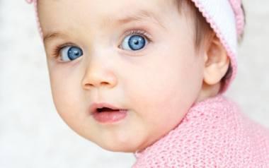 Istnieje wiele grup produktów, które – spożywane regularnie – dostarczają dziecku szereg niezbędnych składników odżywczych. Rodzice, którzy dbają o różnorodność