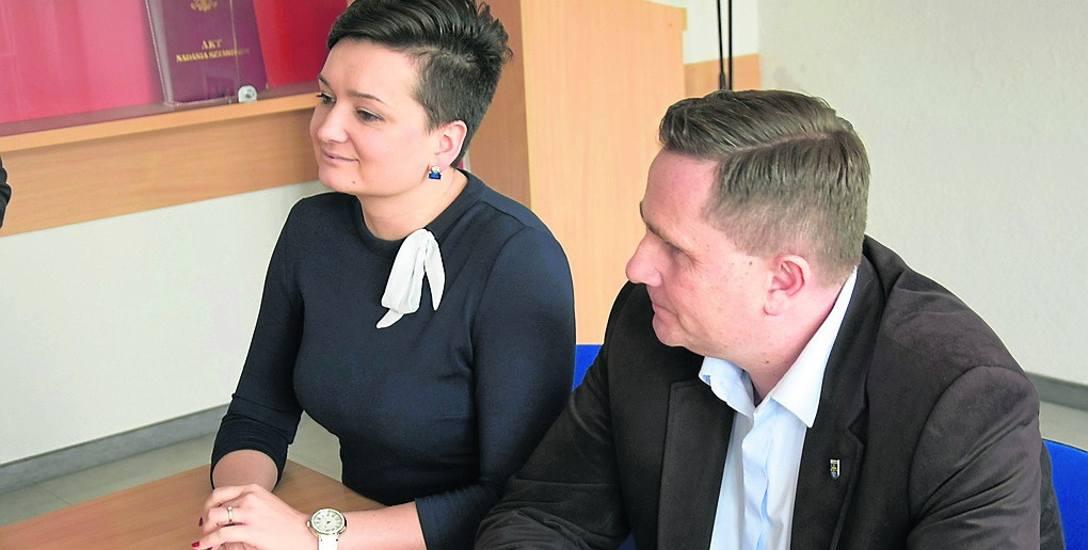 O krokach ostrożności informowali prezydent Krzysztof Jażdżyk i szef sanepidu, Justyna Łukasik