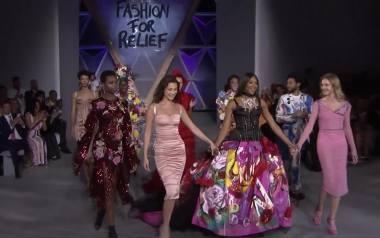 Naomi Campbell i Bella Hadid na wybiegu charytatywnego pokazu mody w Cannes