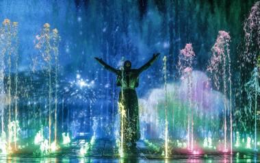 Mieszkańcy Rzeszowa zadają sobie pytanie, czy w związku z oszczędnościami będą odbywać się, jak przed rokiem, spektakle przy fontannie multimedialne