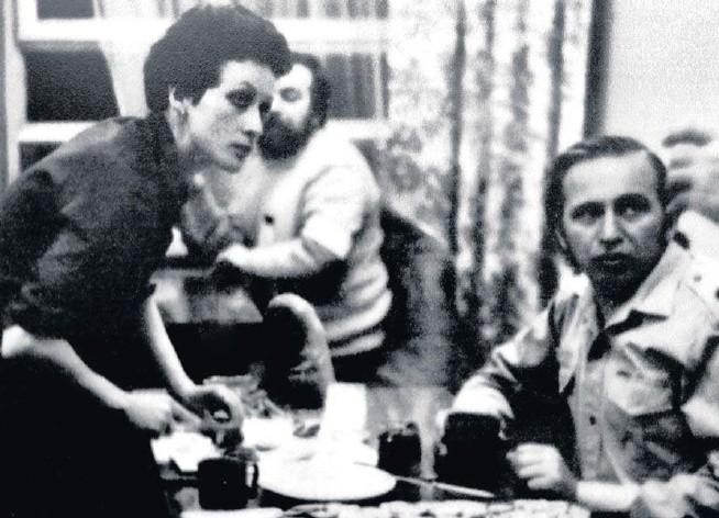 Lucyna Kusyk i Roman Kirstein w siedzibie zarządu regionu podczas strajku ostrzegawczego w marcu 1981 roku