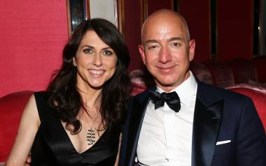 MacKenzie Bezos po rozwodzie z mężem stała się najbardziej pożądaną partią na świecie. Pisarka z majątkiem ponad 38 miliardów dolarów!