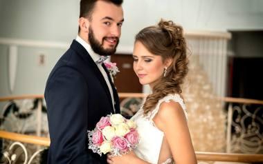 Zdjęcia ślubne najlepiej wychodzą bez reżyserki