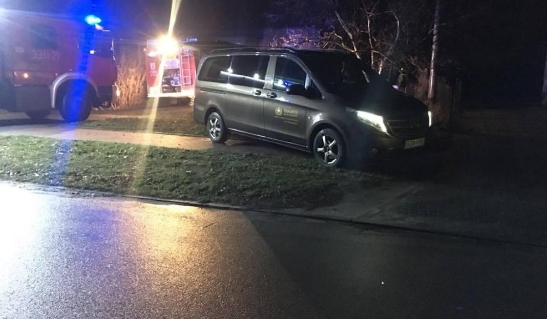 W Pożarze W Trutnowach Zginął Mężczyzna 4122018 Palił Się Garaż