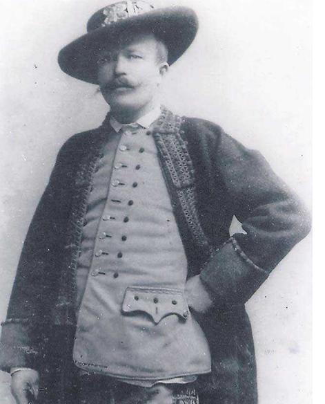 Antoni Bomba w stroju, w którym składał życzenia cesarzowi