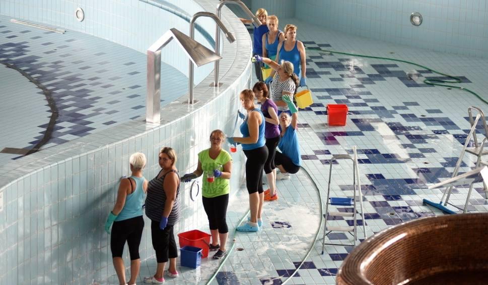 Film do artykułu: Zielonogórski basen w CRS zamknięty. Zobaczcie, co dzieje się w środku [WIDEO, ZDJĘCIA]