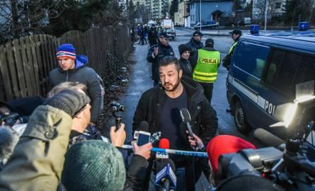 Krzysztof Pietrzak podczas egzekucji firmy i domu przy Ujejskiego w 2018 r.