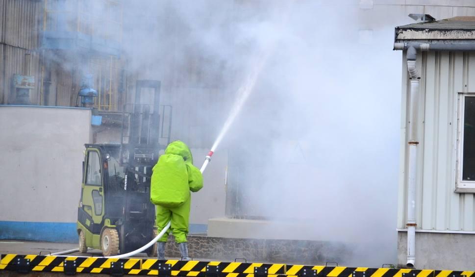 Film do artykułu: Pożar w International Paper Kwidzyn. Znaleziono zwłoki pracownika. Prokuratura wszczęła śledztwo