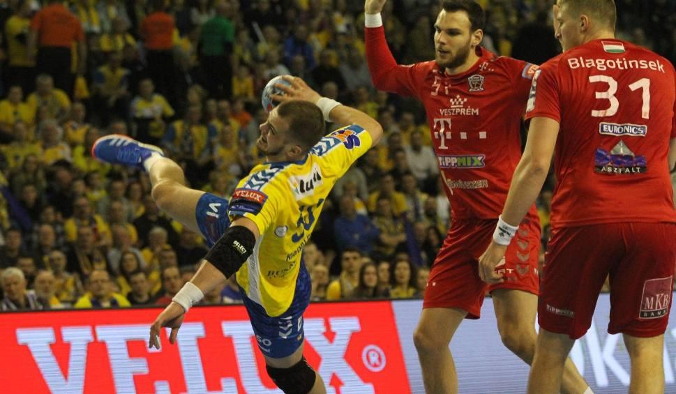 Film do artykułu: Artiom Karaliok z PGE VIVE Kielce też nominowany w plebiscycie na najlepszych graczy Ligi Mistrzów piłkarzy ręcznych. Można już głosować!