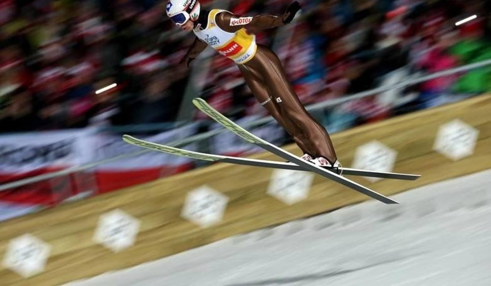 Film do artykułu: Skoki narciarskie 2019 w Zakopanem. Kiedy skaczą Polacy? Gdzie oglądać skoki na żywo? [TRANSMISJA, PROGRAM, TERMINARZ]