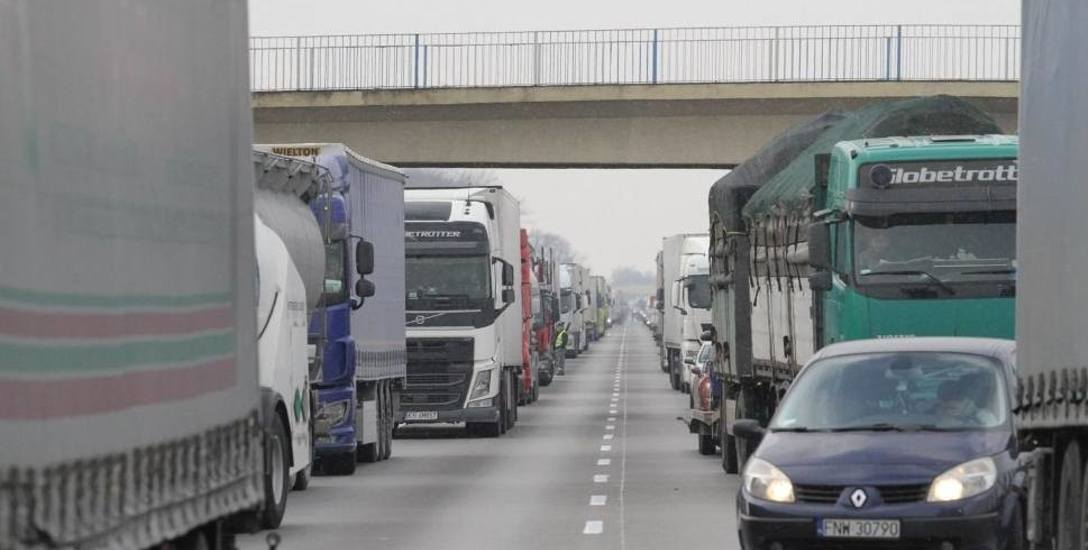 Autostrada A2 między Łodzią i Warszawą to jedna z najbardziej obciążonych tras w Polsce