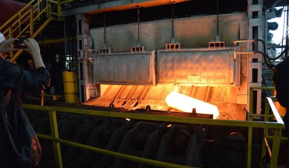 Film do artykułu: Walcownia w Ostrowcu oficjalnie otwarta. Już produkuje