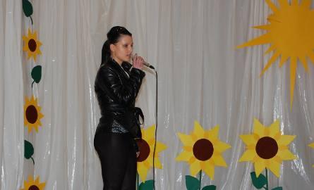 Joanna Dmytrak  (ŚHP Nowa Sól) zdobywczyni I miejsca w kategorii wokalnej i muzycznej