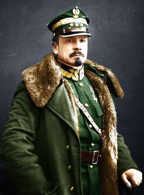 Józef Haller von Hallenburg (ur. 13 sierpnia 1873 w Jurczycach, zm. 4 czerwca 1960 w Londynie) – generał broni Wojska Polskiego, legionista, harcmistrz,