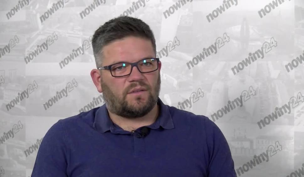 Film do artykułu: Marcin Wołowiec, trener Wólczanki Wólka Pełkińska: Dobrze, że w Stali Rzeszów wszyscy zachowują spokój [STADION]