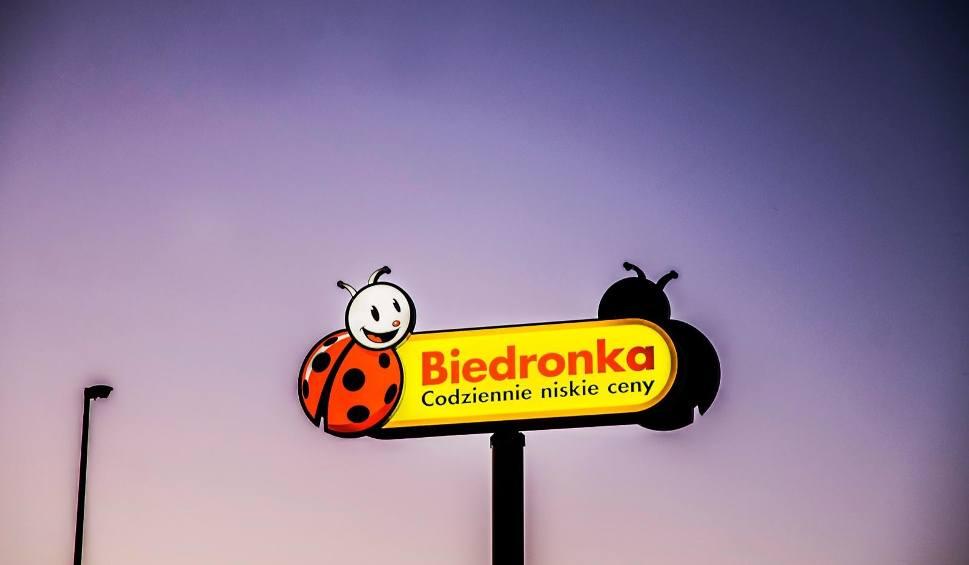 Film do artykułu: To najtańsze sklepy w Polsce. Biedronka i Lidl wcale nie są takie tanie