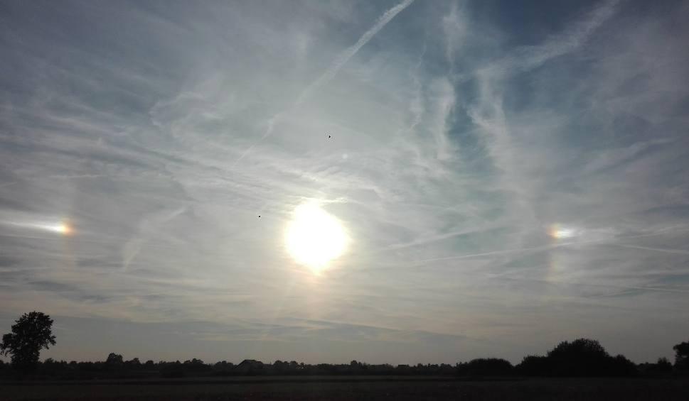 Film do artykułu: Wyjątkowe zjawisko na małopolskim niebie. Trzy słońca na jednym zdjęciu!
