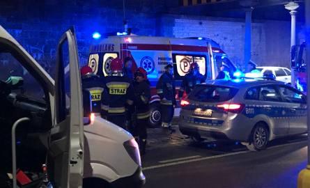 Wypadek na Stawowej. Bus potrącił pieszego [ZDJĘCIA]