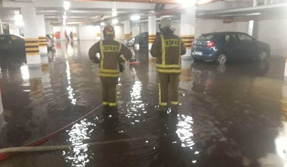 Film do artykułu: Tonące auta i rwące potoki na ulicach. Burza w Poznaniu i Wielkopolsce. Oberwanie chmury, podtopienia i ponad 100 interwencji strażaków
