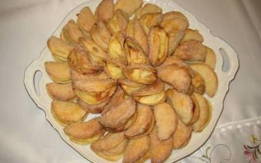 Świąteczne, proste ciastka z jabłkami.