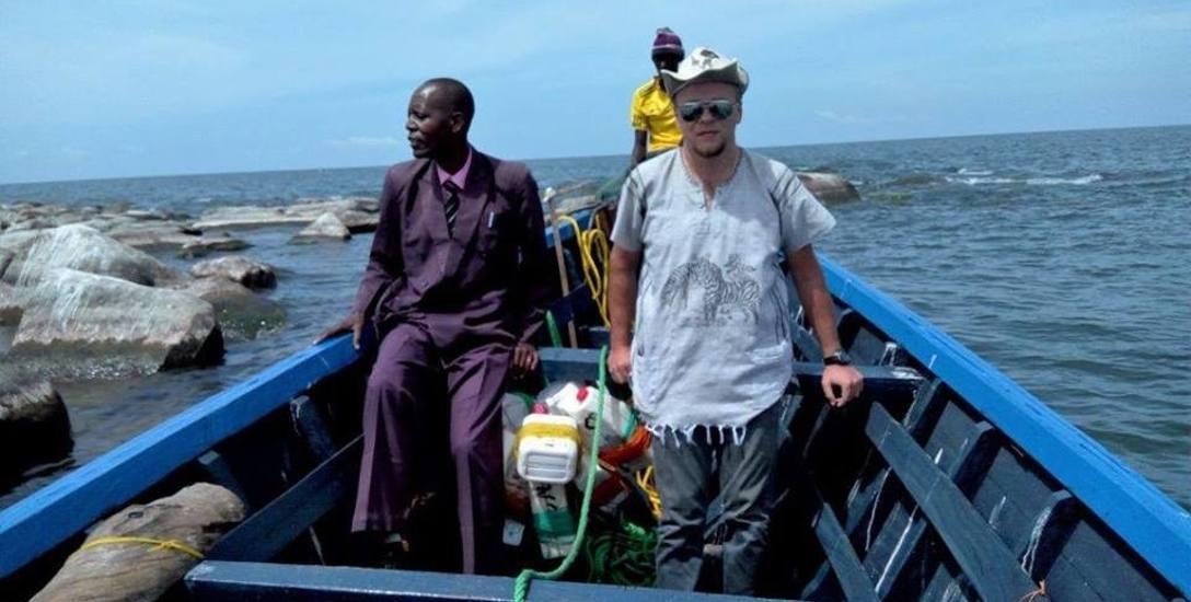 Ks. Adam Bartkowicz (z prawej) zginął w Oceanie Indyjskim