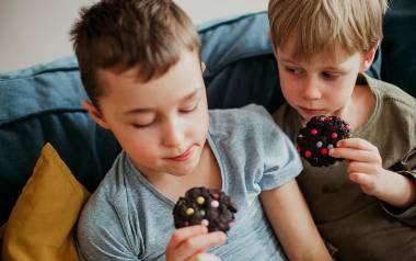 MMTrendy w kuchni: ciastka mocno czekoladowe i kolorowe