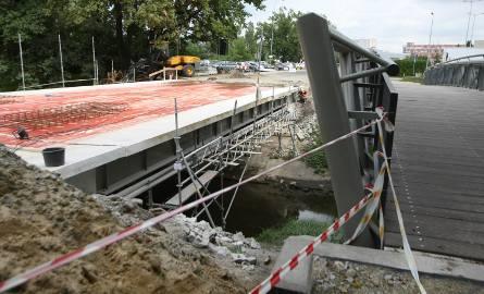 Most Muchoborski i kładka obok niego kosztują 2 mln 700 tys. zł