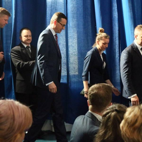 """Premier Mateusz Morawiecki w Lublinie. Mówił o PZL, Bogdance i ZA """"Puławy"""" (ZDJĘCIA, WIDEO)"""