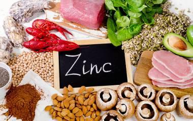 Cynk jest zaliczany do składników mineralnych, który w diecie przeciętnego Polaka, często dostarczany jest w zbyt małych ilościach w stosunku do dziennego